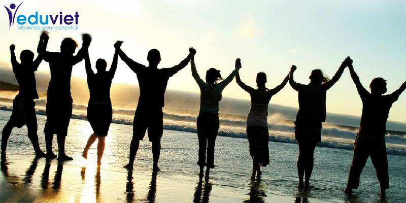 """Teambuilding """"Kỹ năng làm việc nhóm hiệu quả"""" – Ban quản lý dự án viễn thông điện lực"""