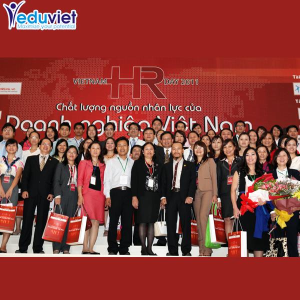 Khoảng 1.200 người tham dự Ngày Nhân sự Việt Nam 2011 tại Hà Nội