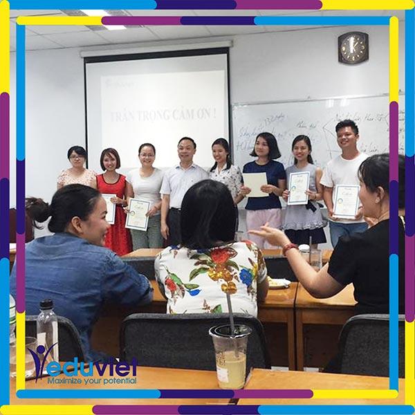 Bế giảng lớp Nghề nhân sự K91