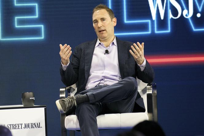 Nhân viên Amazon hưởng lương cao hơn nhà sáng lập Jeff Bezos