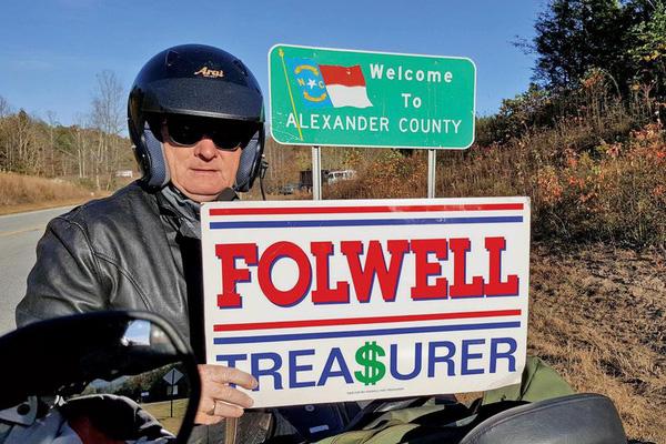 Ông chủ quyền lực của quỹ hưu trí 90 tỷ USD 'chia tay' phố Wall