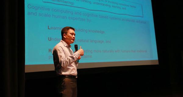 Sinh viên CNTT Việt nên dám nghĩ về mức lương 2.000 USD/tháng