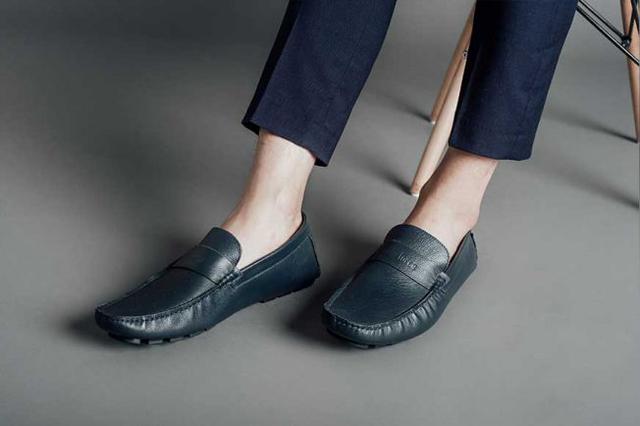 Giày đã trở thành thứ không thể thiếu đối với các tin đồ thời trang
