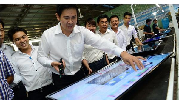 Phạm Văn Tam – Ông chủ hãng sản xuất điện tử Việt:
