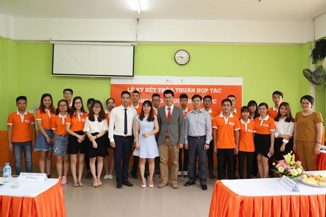 Sinh viên Cao đẳng thực hành FPT Polytechnic có cơ hội làm việc tại Công ty cổ phần Vinpearl ngay sau khi ra trường.
