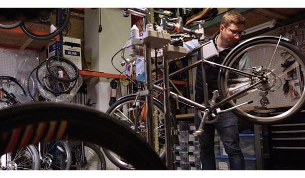 5 bài học khởi nghiệp từ đua xe đạp đường trường