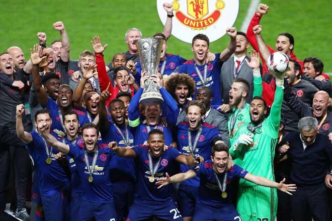 """MU: Học """"diệu kế"""" của Sir Alex, Mourinho tham vọng ăn ba vĩ đại hơn - 3"""