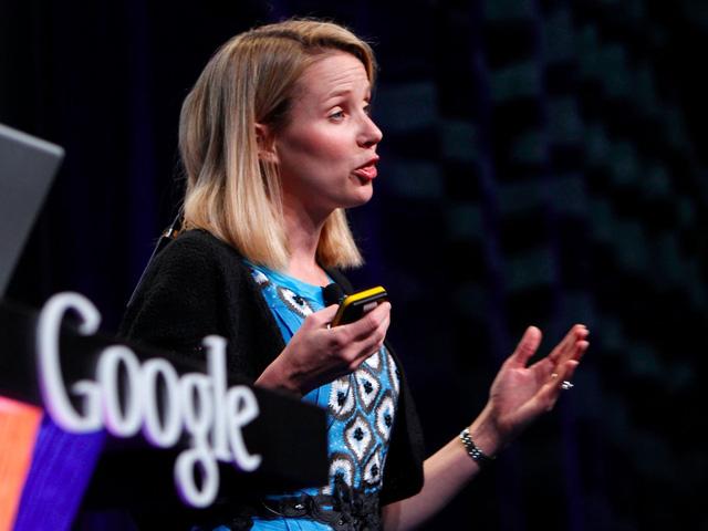 Lúc bấy giờ, Mayer dành khoảng 100 giờ để làm việc mỗi tuần, và vẫn duy trì công việc giảng dạy thêm tại trường Đại học Stanford trong một vài năm đầu. Đến năm 2003, cô chính thức nhậm chức phụ trách quản lý mảng sản phẩm của Google, bao gồm cả công cụ tìm kiếm cốt lõi của công ty.