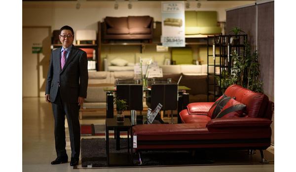 Bí quyết thành công của học sinh kém tới mức cấp 2 không viết nổi tên mình nay trở thành ông chủ hãng nội thất lớn nhất Nhật Bản