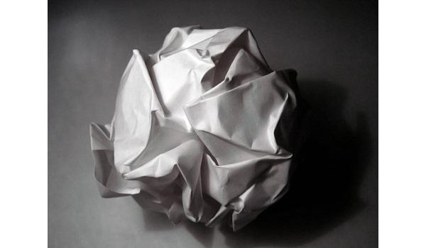 Làm sao để chiến thắng trong một cuộc thi gấp máy bay giấy? Đây là cách một thiên tài sẽ thực hiện