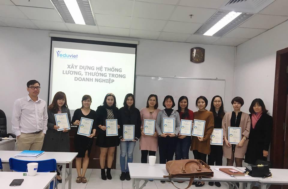 Bế giảng lớp NNS 117